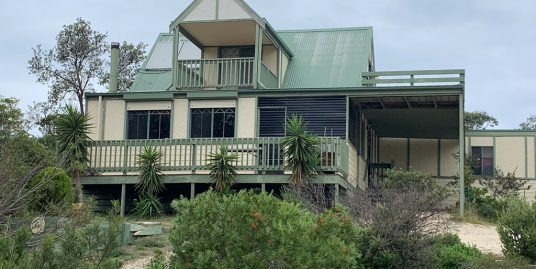 49 Sixth Avenue North, Paradise Beach